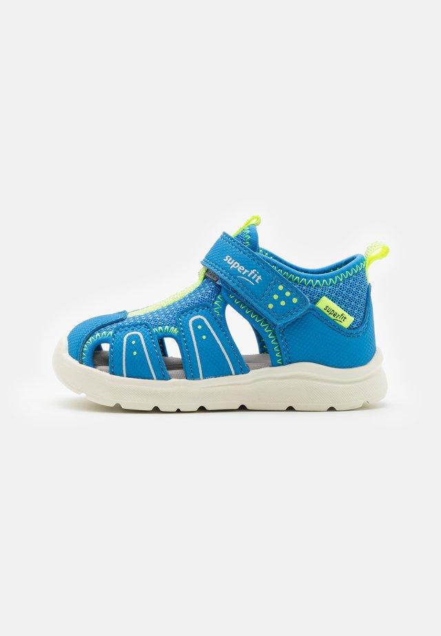 WAVE - Zapatos de bebé - blau/gelb