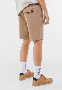 Bershka - Shorts - beige - 2
