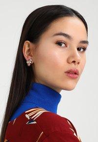 Konplott - PETIT GLAMOUR - Earrings - beige/pink - 1
