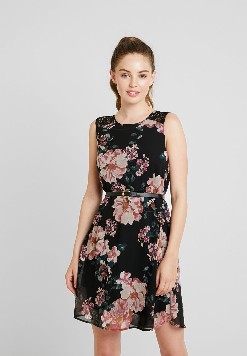 Vero Moda - VMSUNILLA SHORT DRESS - Day dress - black/sunilla
