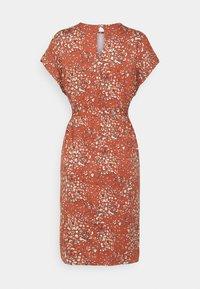 b.young - MALLI LEO DRESS - Jersey dress - etruscan red - 1