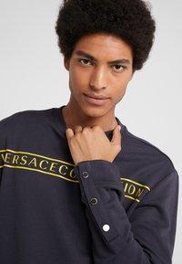 Versace Collection - FELPA CON RICAMO - Sweatshirt - blue - 3