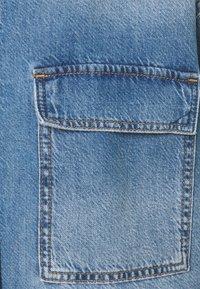 comma casual identity - Denim jacket - drapy ligh - 2