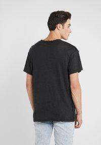Iro - JURUS - Basic T-shirt - black - 2