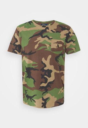 CUSTOM SLIM FIT CAMO POCKET T-SHIRT - T-shirt con stampa - surplus
