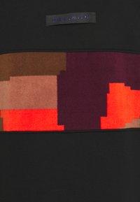 Grimey - DULCE HIGH NECK UNISEX - Sweatshirt - black - 2
