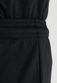 Umbro - CLUB SHORT - Sports shorts - black - 3