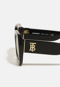 Burberry - Occhiali da sole - black - 4