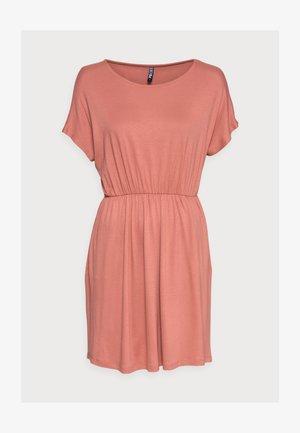 PCPETRINE DRESS - Jerseykjole - canyon rose