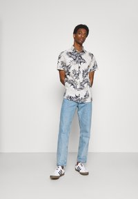 Selected Homme - SLHREGAOP SHIRT - Shirt - bright white - 1