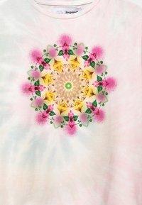 Desigual - Print T-shirt - white - 3