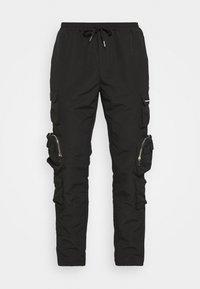 Mennace - MENNACE UTILITY TROUSER - Cargo trousers - black - 5