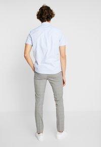 Burton Menswear London - WINDOWPANE CHECK - Trousers - light grey - 2