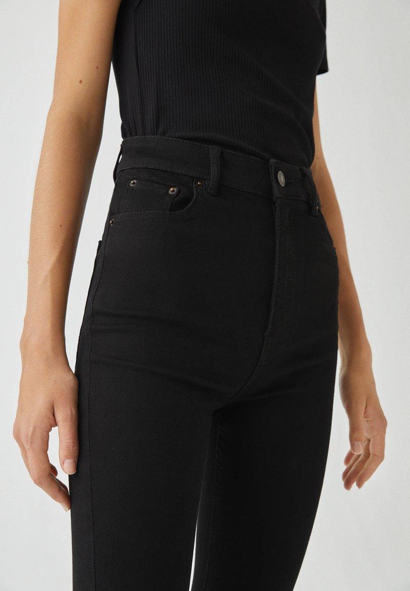 PULL&BEAR Jeans Skinny Fit - black/schwarz 6GAvwb
