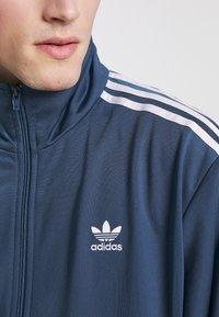 adidas Originals - FIREBIRD ADICOLOR SPORT INSPIRED TRACK TOP - Træningsjakker - marin - 6