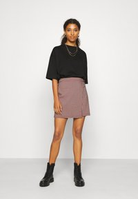 Hollister Co. - Wrap skirt - red - 1