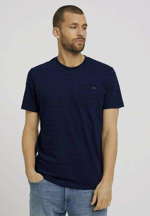 MIT STRUKTURSTREIFEN - T-Shirt basic - sailor blue