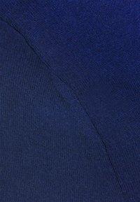 Filippa K - CLAIRE ELBOW SLEEVE - Jednoduché triko - marine blu - 2