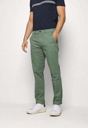 ESSENTIAL SLIM FIT - Chinos - new olive