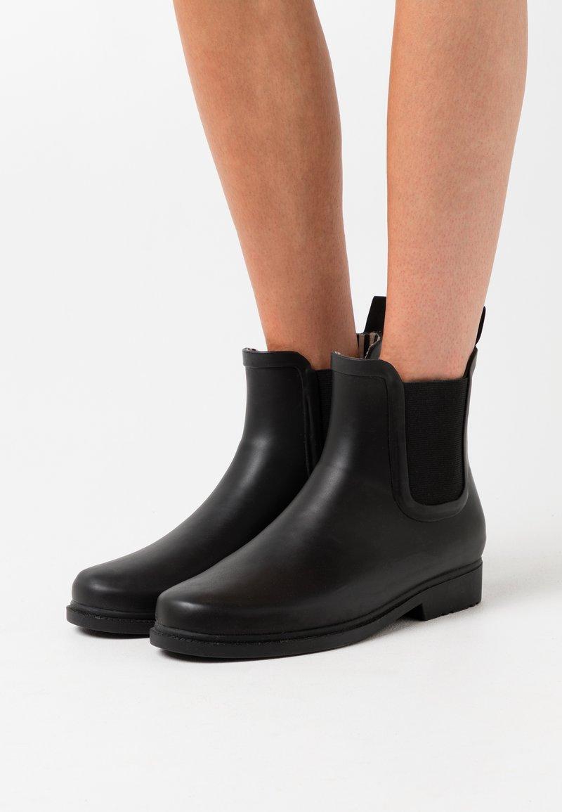 Vero Moda - VMSIS BOOT - Stivali di gomma - black