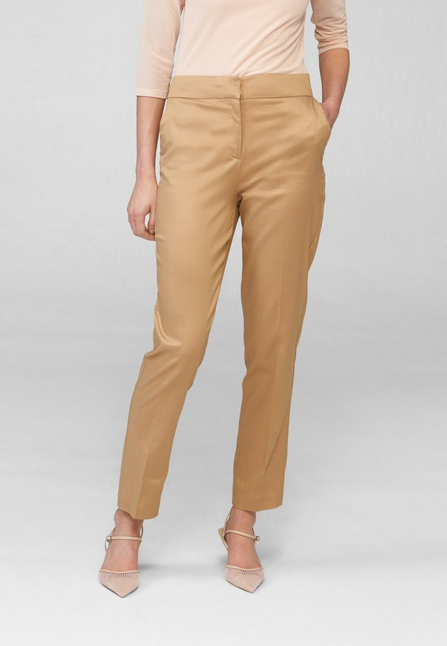 Trousers - beige floral