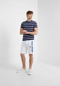 Polo Ralph Lauren - Pantalon de survêtement - white - 1