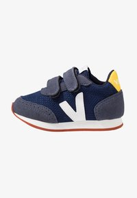 Veja - SMALL NEW ARCADE - Trainers - nautico/white/gold yellow - 1