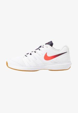 Multicourt tennis shoes - white/laser crimson/gridiron/wheat