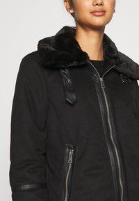 ONLY - ONLJANICE BONDED AVIATOR  - Faux leather jacket - black - 6