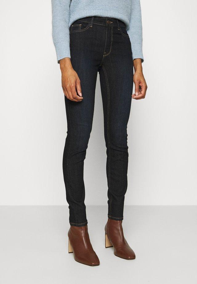 TOVA  - Skinny džíny - dark denim
