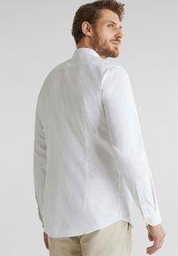 Esprit - MIT STEHKRAGEN - Shirt - white - 2