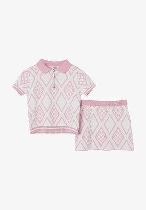 SET - A-lijn rok - pink