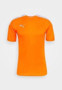 shocking orange/white