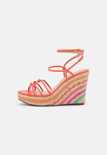 AOLANI - Sandales à plateforme - multicolor