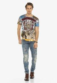 Cipo & Baxx - Print T-shirt - brown - 1