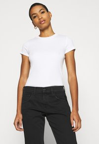 Replay - ROXEL - Relaxed fit jeans - black - 4