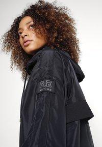P.E Nation - ENDURANCE JACKET - Sportovní bunda - black - 5