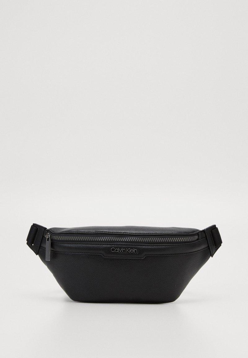 Calvin Klein - WAISTBAG - Sac banane - black