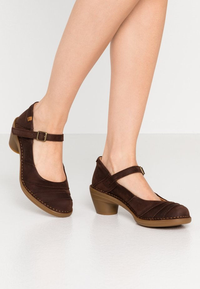 AQUA - Klassiske pumps - pleasant brown