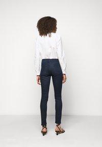 J Brand - MARIA HIGH RISE - Skinny džíny - concept - 2