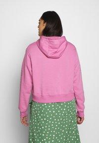 Nike Sportswear - AIR HOODIE PLUS - Hoodie - magic flamingo - 2