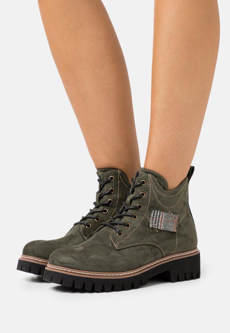 Rieker - Lace-up ankle boots - tanne/grau/rost