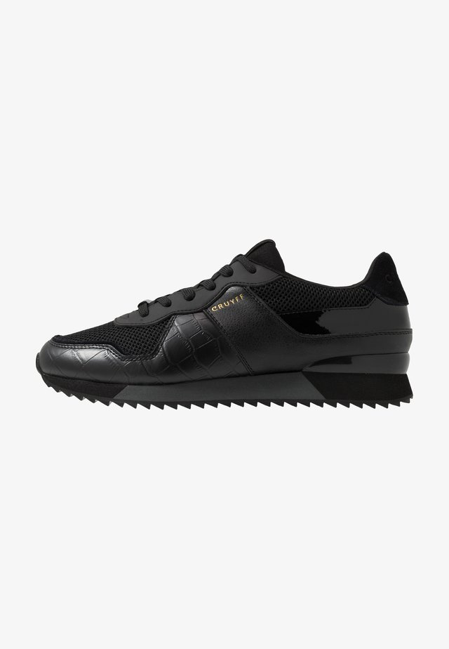 COSMO - Trainers - black