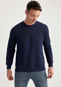 DeFacto - Sweatshirt - navy - 0