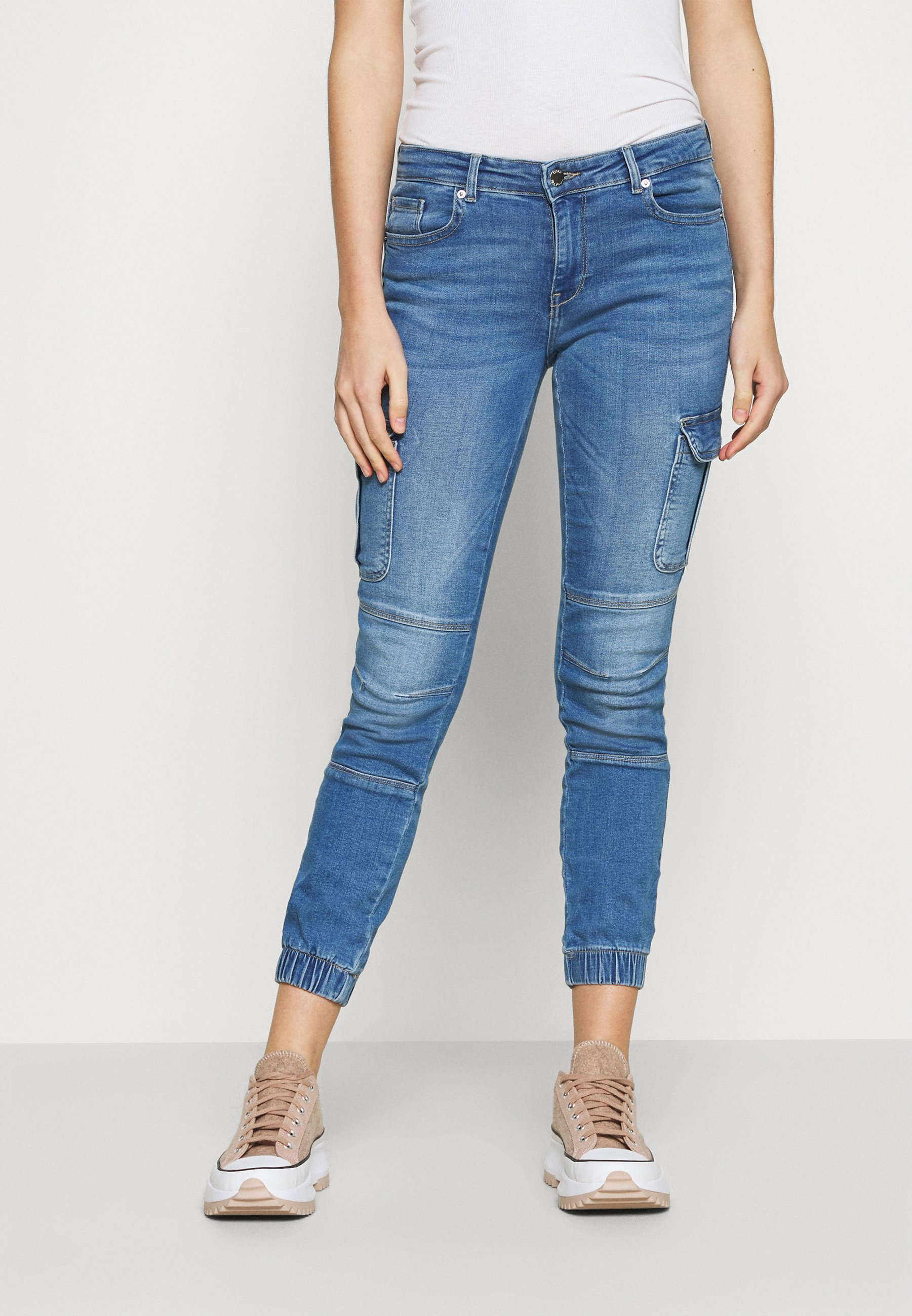 Women ONLMISSOURI LIFE - Relaxed fit jeans