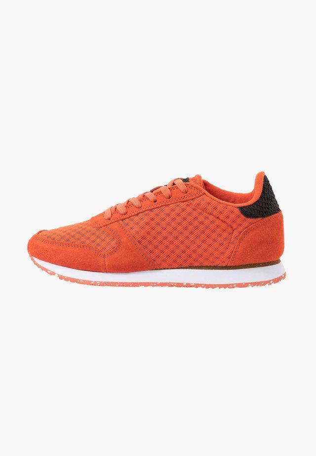 YDUN SUEDE MESH II - Sneakers laag - chili