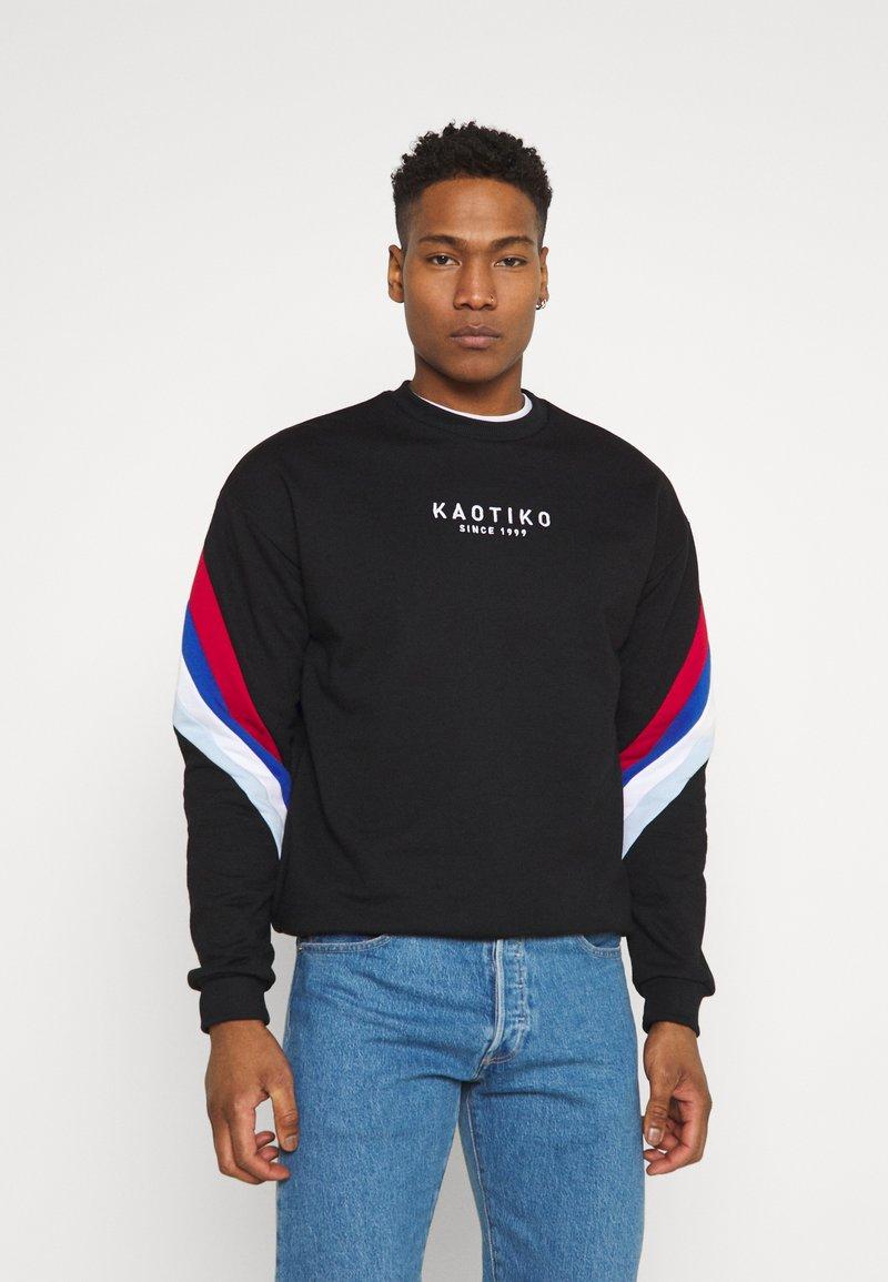 Kaotiko - UNISEX CREW WALKER - Sweatshirt - black