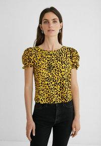 Desigual - ANIMAL PRINT - Print T-shirt - yellow - 0