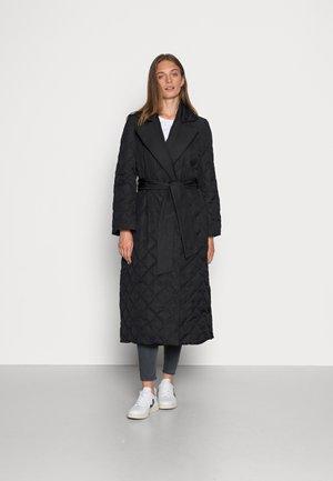 HEDEMORA - Cappotto classico - black
