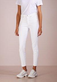J.CREW - Slim fit jeans - white - 0